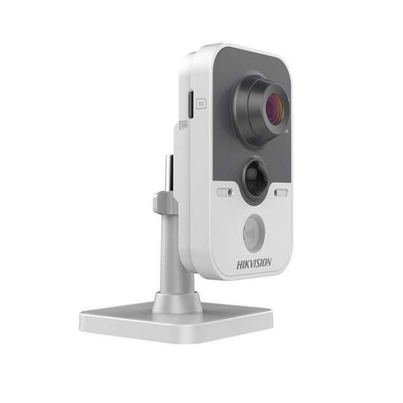 Hikvision DS-2CD2442FWD-IW 4MP 4mm WDR fix IR PIR szenzorral WiFi  IP kamera beltéri